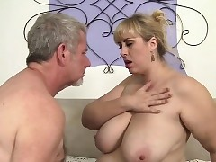 Shemale free videos - amateur chubby porn