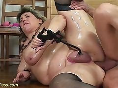 Extreme sex videos - chubby wife sex
